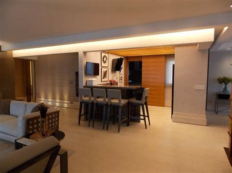 Completely furnished luxury 4 suites condo apartment: For