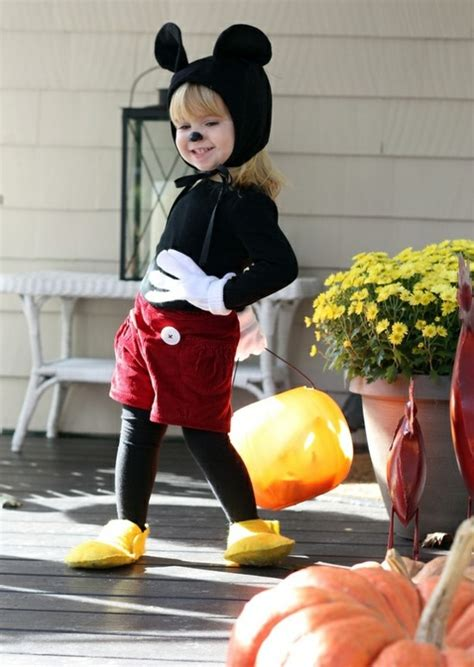 Infant Halloween costumes – how to dress up the little kids