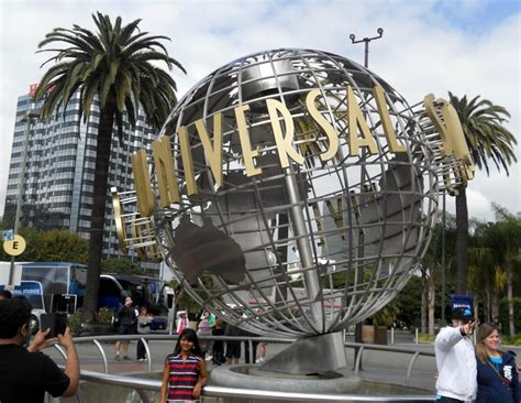 Universal Studios in Hollywood | Movie Theme Park Los Angeles