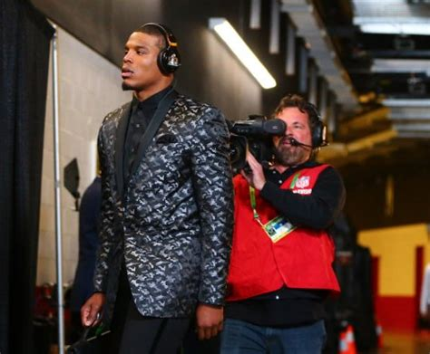 Cam Newton arrived at Super Bowl in wild outfit - Business