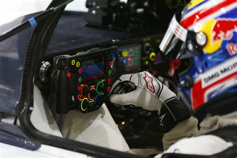 Porsche 919 Steering Wheel Is More Complicated Than Yours